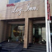 Hotel Log Inn in Nagrota