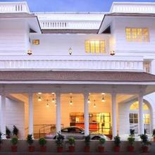 Hotel Luciya Palace in Kolazhy