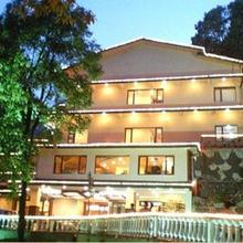 Hotel Madhuban Highlands in Mussoorie
