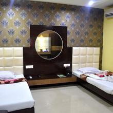 Hotel Madhuban in Rowta Bagan