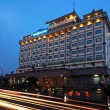 Hotel Maharadja in Jakarta