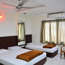 Hotel Maheshwari Avenue in Ujjain
