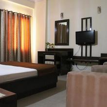 Hotel Maiden Residency in Ghaziabad