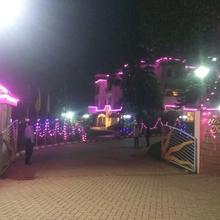 Hotel Mandhar Regency in Kyarkop
