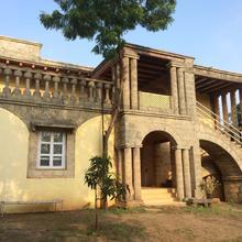 Hotel Maneland Jungle Lodge in Sasan Gir