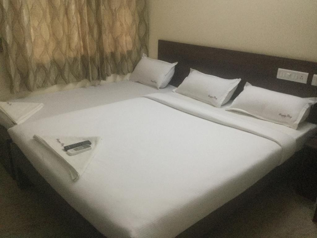 Hotel Mango leaf in Thanjavur