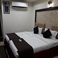 Hotel Mani Iyer in Thiruchendur