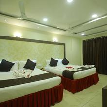 Hotel Maniiyer Grand in Thiruchendur