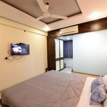 Hotel Manila in Ahmedabad