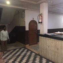 Hotel Manohar in Unchahra