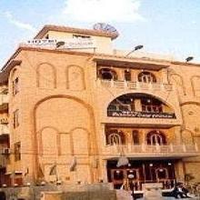 Hotel Mansarovar Palace in Vrindavan
