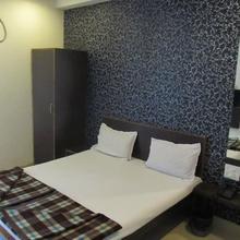 Hotel Meera Inn in Keshoraipatan