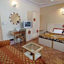 Hotel Megha Sheraton in New Delhi