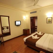 Hotel Meghalaya in Rasapudipalem