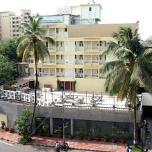 Hotel Metro Palace in Mumbai