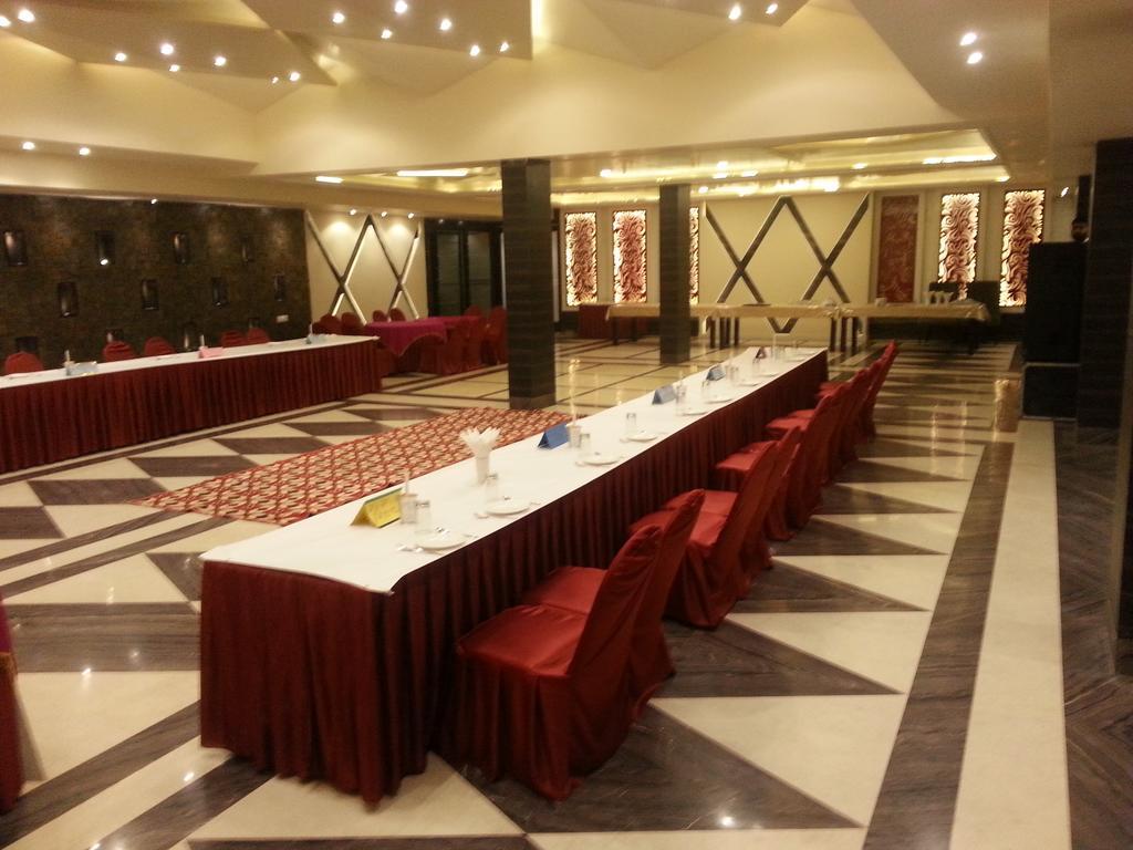 Hotel MG Grand in Kurukshetra