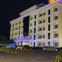 Hotel Mgm Grand in Srikalahasti