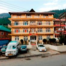 Hotel Mohan Palace in Manali