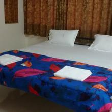 Hotel Mohor in Ganpati Pule