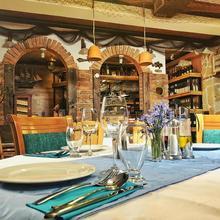 Hotel Monako & Fish Restaurant Skopje in Skopje