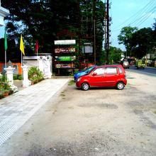 Hotel Monarch Aachal in Siliguri