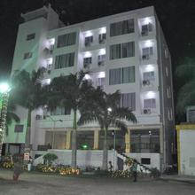 Hotel Mosaic in Dahod