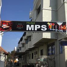Hotel MPS Residential Tower in Naranapuram