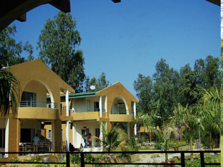 Hotel Mridukishore Tiger Safari Resorts in Kanha