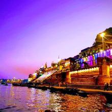 Hotel Mrk in Varanasi