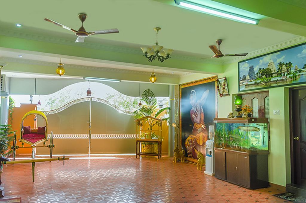 Hotel MVV Residency in Kanadukathan