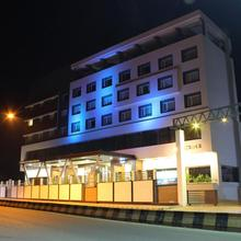 Hotel Nakshatra Lr in Bellary