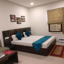 Hotel Nanda in Jassowal