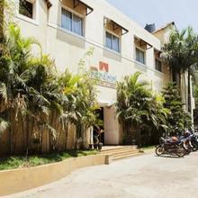 Hotel Nandhini ( Whitefield) in Chik Banavar