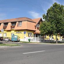 Hotel Napsugár in Hajduszoboszlo