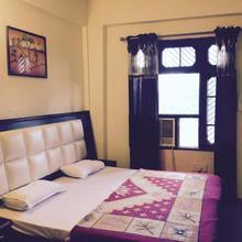 Hotel Natraj Palace in Una