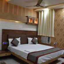 Hotel Natraj in Jainagar