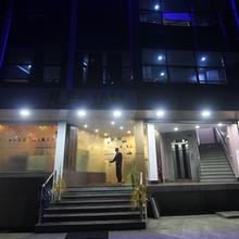 Hotel Neelam in Burdwan