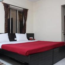 Hotel Nest International in Alipore