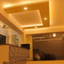 Hotel Niladrii Galaxy in Baghdogra