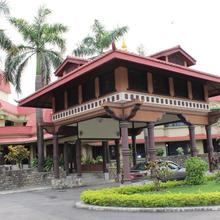 Hotel Nirvana in Nautanwa
