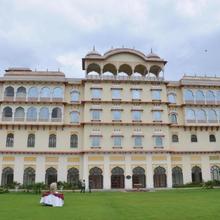 Hotel Noor Mahal in Karnal