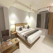Hotel Nova Star in Rajkot
