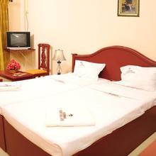 Hotel Nuhman in Mavoor