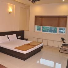 Hotel Nupur Talegaon in Talegaon Dabhade