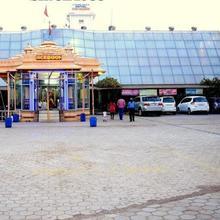 Hotel Nyay Mandir in Bharuch