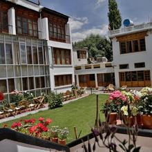 Hotel Omasila in Leh