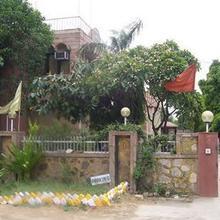 Hotel Pahal in Bhiwadi