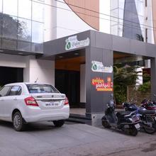 Hotel Palm View Residency in Vadodara