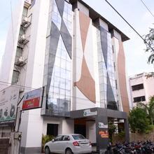 Hotel Palm View Residency in Pratapnagar