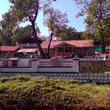 Hotel Paramount in Matheran